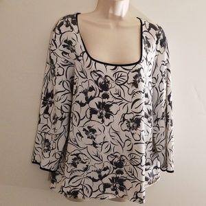 Jones New York women's black and white blouse